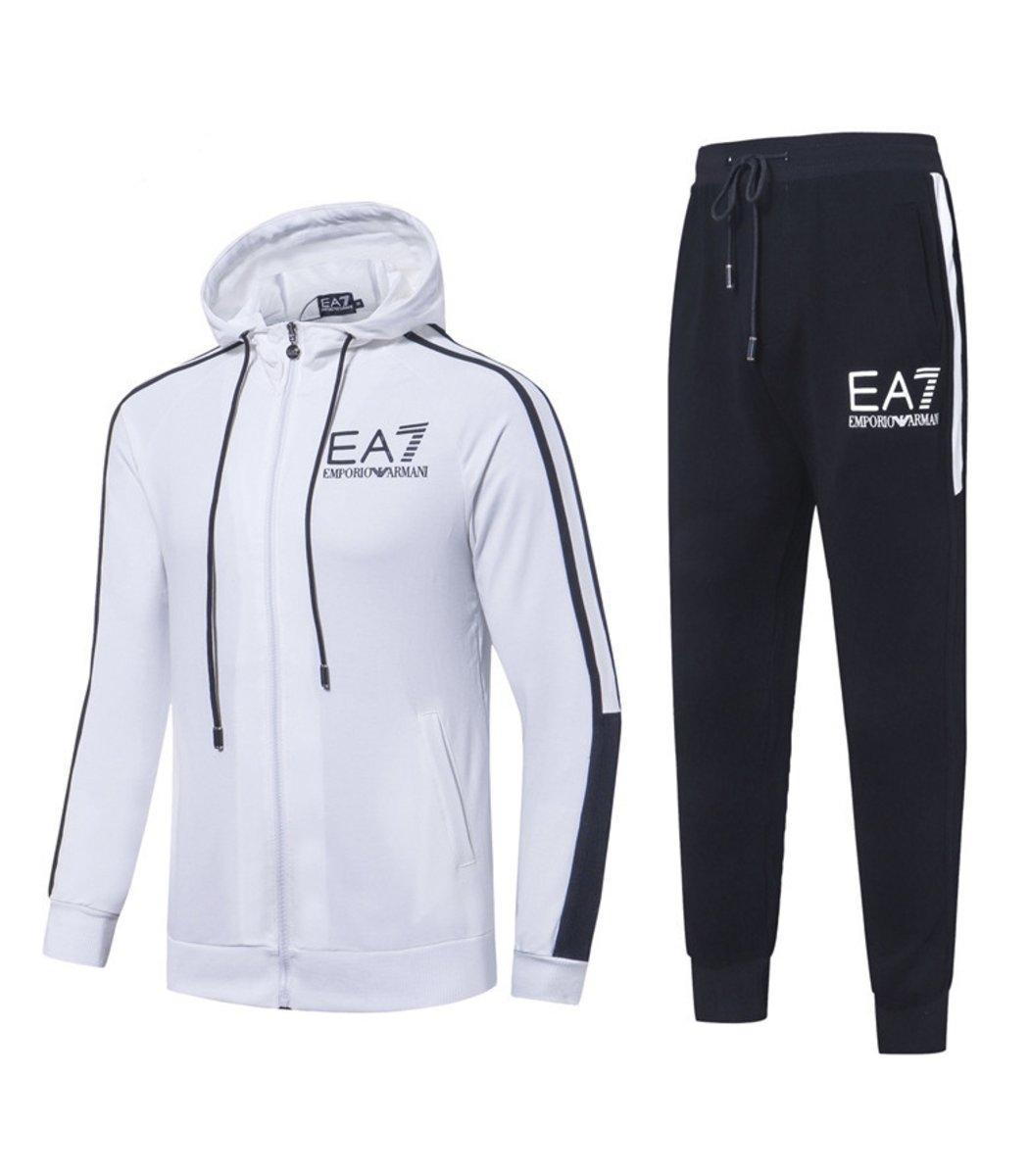 Белый спортивный костюм EA7 с капюшоном (SpE1)